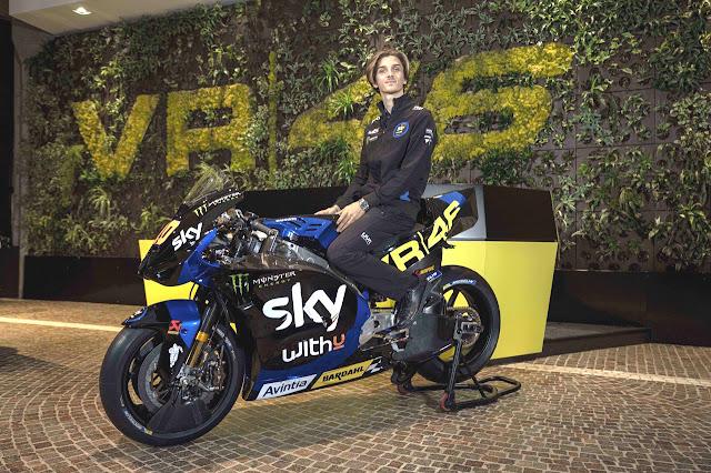 """Secara keseluruhan, Sky Racing Team VR46 ini meluncurkan desain livery untuk dua kelas yakni kelas Moto2 dan kelas MotoGp, yang mana untuk tahun 2021 mendatang, Sky Racing Team VR46 """"angkat kaki"""" dari kelas Moto3."""