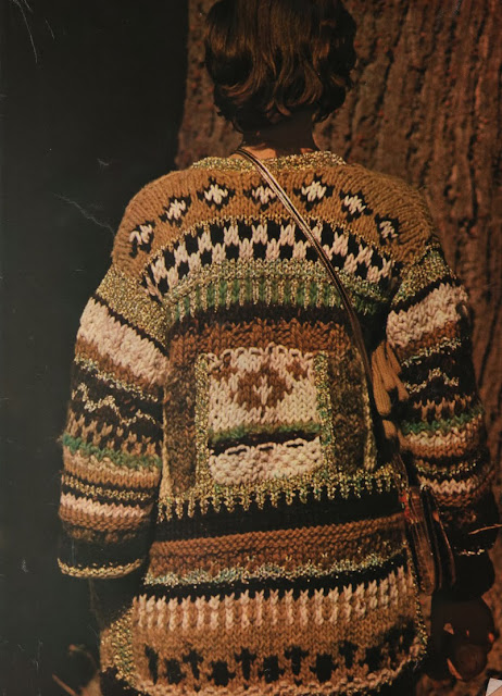 The Vintage Pattern Files: Free 1970's Knitting Pattern - Pulls flous, pulls fous