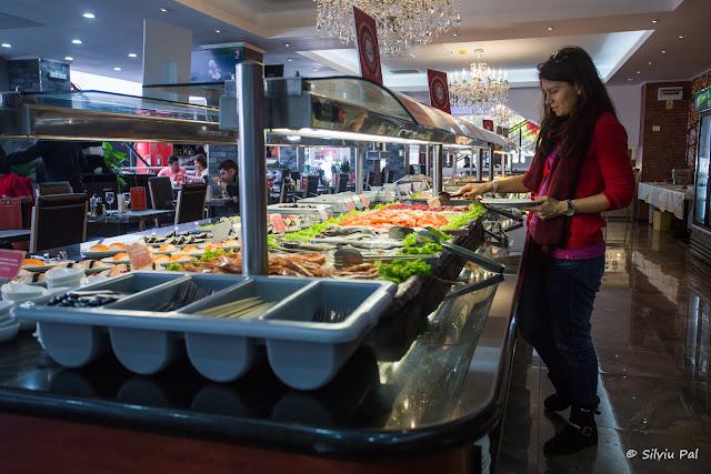 Restaurant Asiatic Bucuresti - All You Can Eat - Laura Roman - Silviu Pal Blog - Htag PR