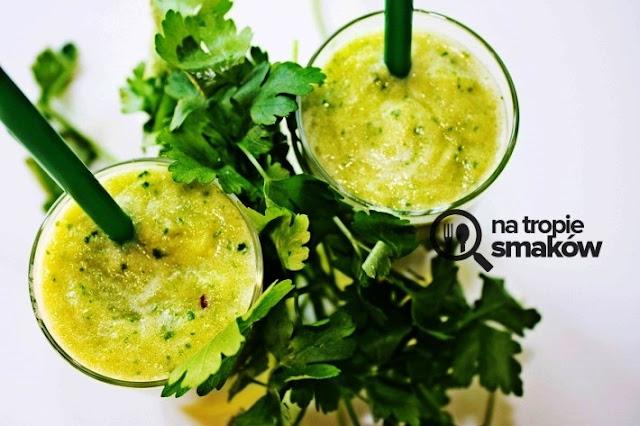 https://zielonekoktajle.blogspot.com/2018/10/zielona-herbata-natka-pietruszki-ananas.html