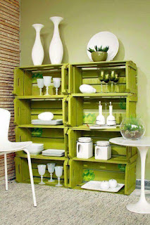 mueble para comeror con cajas de madera recicladas