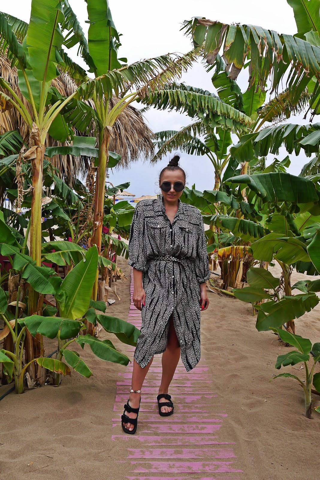 tsambika beach plaża rodos rhodes grecja karyn blog modowy blogerka modowa podróż poślubna