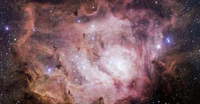 Lagoon Nebula, Messier 8. Credit: ESO