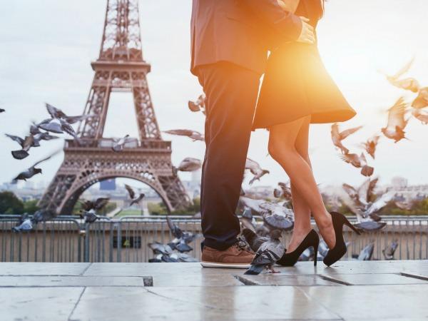 ¿Vas a descubrir París por el día de los enamorados? ¡Mejor si te puedes ahorrar algo!