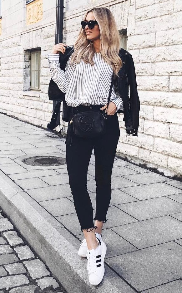 trendy outfit / moto jacket + striped shirt + black skinny jeans + sneakers