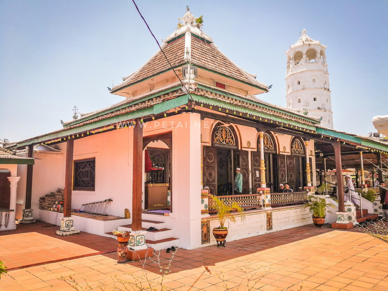 Masjid Tengkera, Melaka - luar