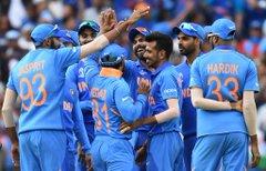 शिखर धवन ने ऑस्ट्रेलिया के खिलाफ आईसीसी विश्व कप 2019 में अपने वनडे करियर का 17वां शतक लगाया