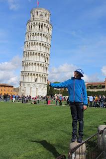 torre pendente sorretta