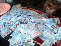 Oalah... Ratusan E-KTP Ditemukan Pemulung di Tong Sampah Disdukcapil