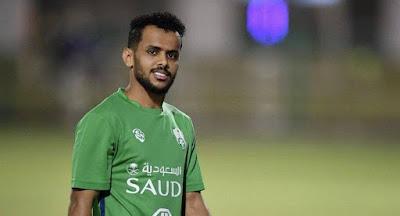 رسميا.. عبدالفتاح عسيري يدافع عن ألوان النصر السعودي 3 مواسم