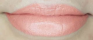 Avon mark. Epic Lip Lipstick in Get Cheeky