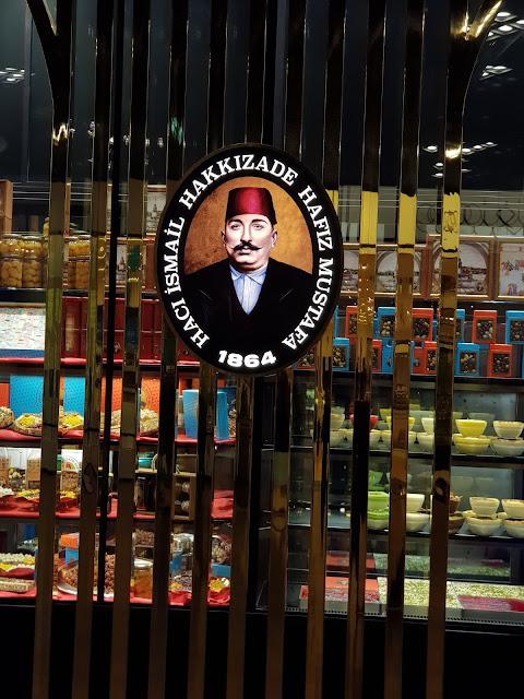#TheLifesWayCaptures - @HafizMustafa_tr #HafizMustafa Final @TheDubaiMall #PhotoReviews