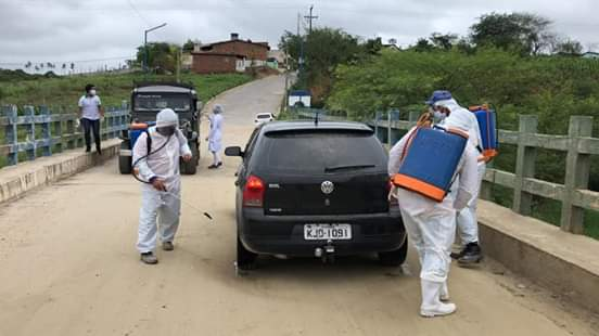 PREVENÇÃO: Distrito do Tambor em Vertente do Lério recebe visita da equipe da prefeitura numa Blitz Sanitária.