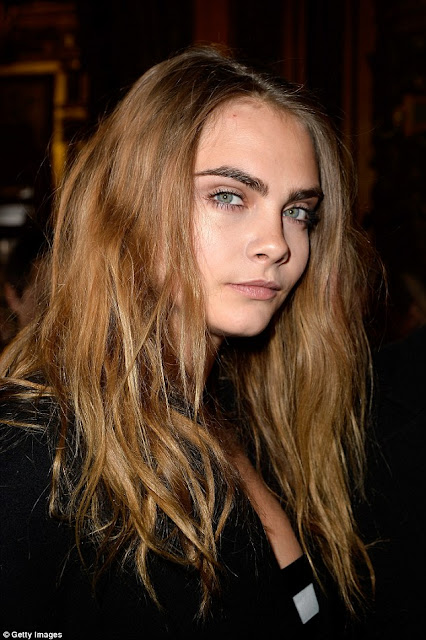 Viral: Model And Actress Cara Delevingne Shows Off Her New Bald Look After Shaving Her Head!