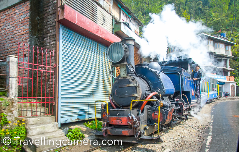 Toy train ride is another interesting experience. I didn't have enough time at Darjeeling as I was visiting it for 2 nights after Sikkim trip. And I have experience of different toy trains on Kalka-Shimla route and Pathankot-Jogindernagar in Himachal Pradesh state of India.
