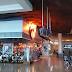 Se incendia letrero luminoso de 'Bubba Gump' en aeropuerto de Cancún