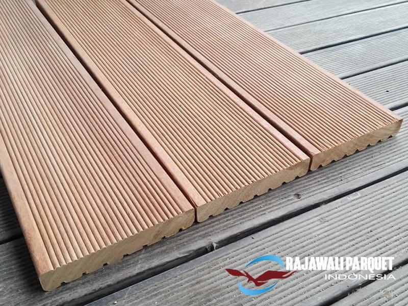 Produk lantai kayu