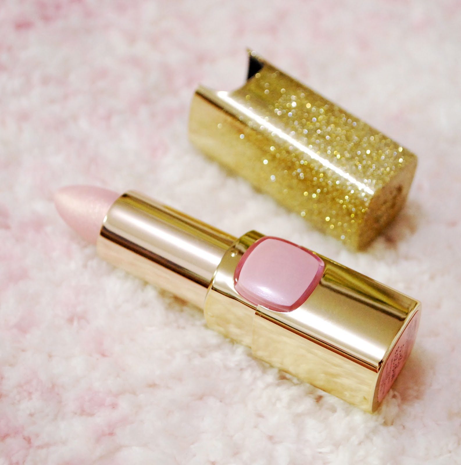 Colour Riche Gold Addiction Lipstick by L'Oreal #14