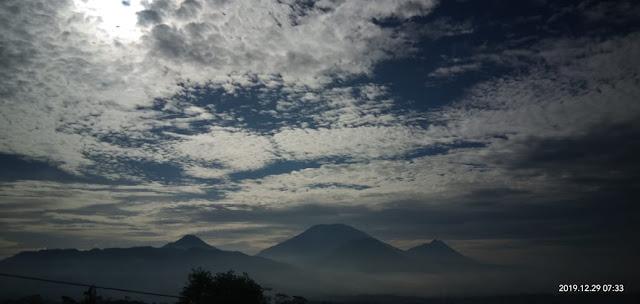 Jalur Gunung Telomoyo dan Andong Magelang Jawa Tengah