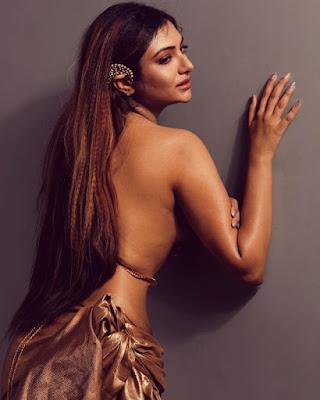 khushi mukherjee sexy photo