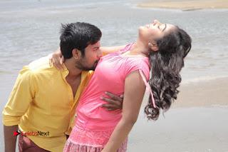 Vincent Asokan Sonia Agarwal Akhil Saran Nayana Starring Yevanavan Movie Stills  0042.jpg