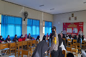 Tekan Covid-19 Polsek Cikeusik Gelar Gerai Vaksin Presisi di SMK Akrid Madani