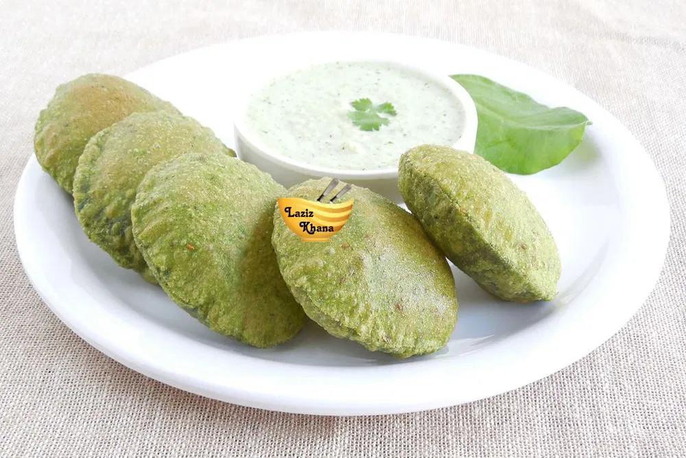 Palak ki Puri Recipe in Hindi