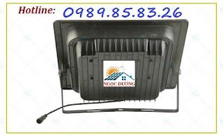 Đèn LED pha năng lượng mặt trời 20W,25W, đèn sân vườn năng lượng mặt trời He-thong-toa-nhiet-cua-den-1-640x390