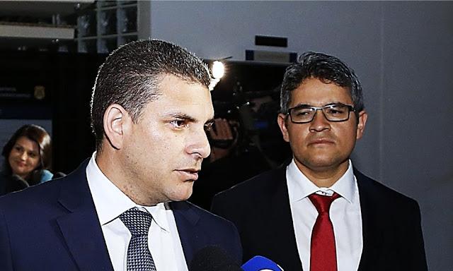 Rafael Vela, José Domingo Pérez