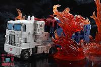 Transformers Kingdom Ultra Magnus 68