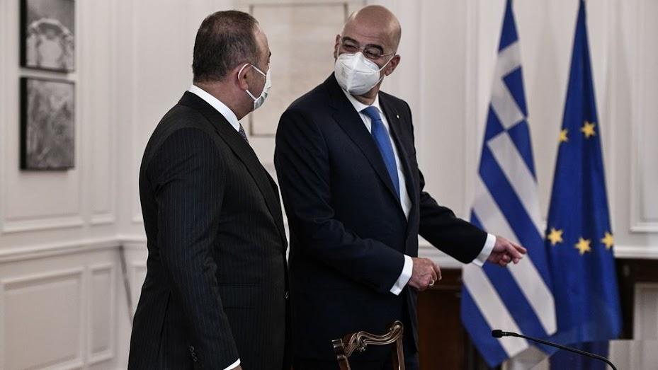 Ελληνοτουρκικά: Το μπαλάκι περνά στους ηγέτες