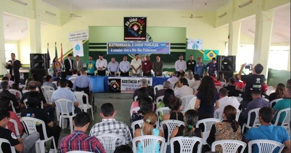 Em Delmiro Gouveia, lideranças de diversos setores participam de audiência pública sobre privatização da Chesf e as consequências para o Rio São Francisco