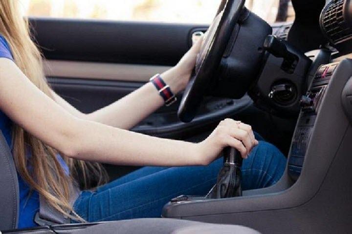 Kinh nghiệm xử lý khi xe bị tăng tốc đột ngột