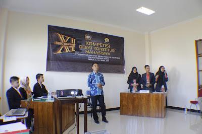 MAHASISWA JURUSAN HUKUM TATA NEGARA MENGIKUTI DEBAT MAHKAMAH KONSTITUSI DI BENGKULU