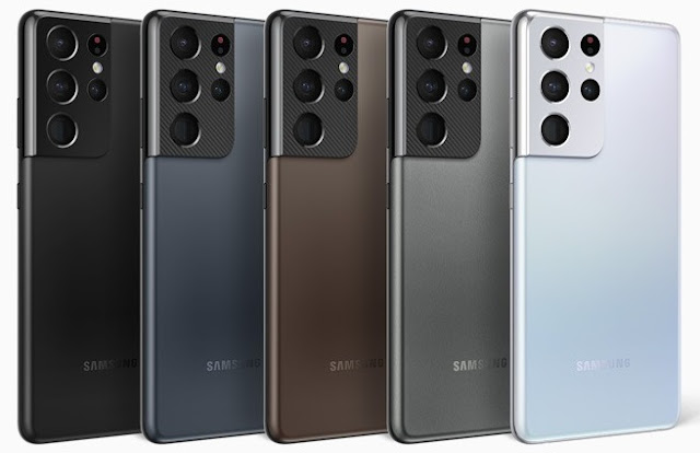 Galaxy S21, S21+, and S21 Ultra Alongside Galaxy Buds Pro and Galaxy SmartTag
