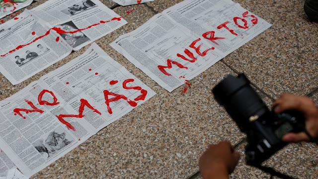 Un periódico mexicano suspende la edición impresa tras un ataque con bombas molotov