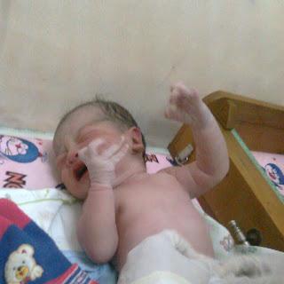 bayi lahir normal