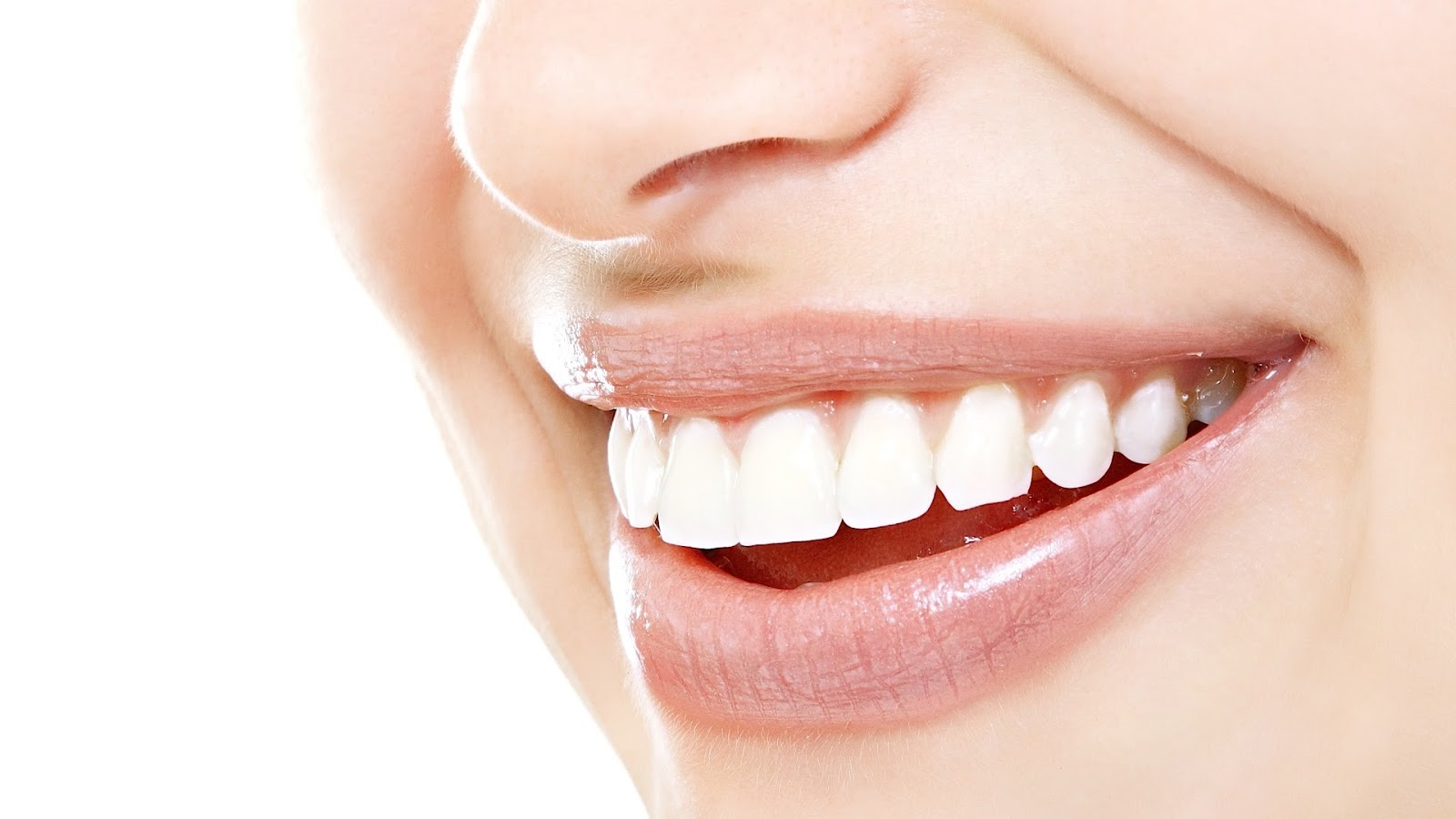 Natural Ways to Keep Teeth Strong