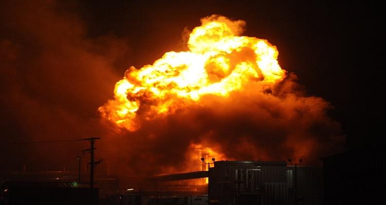 عاجل |  انفجار ضخم جدا  في العريش
