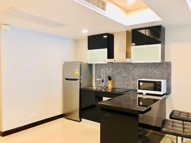 Patong Harbor View Unit C 102 Kitchen with Stove