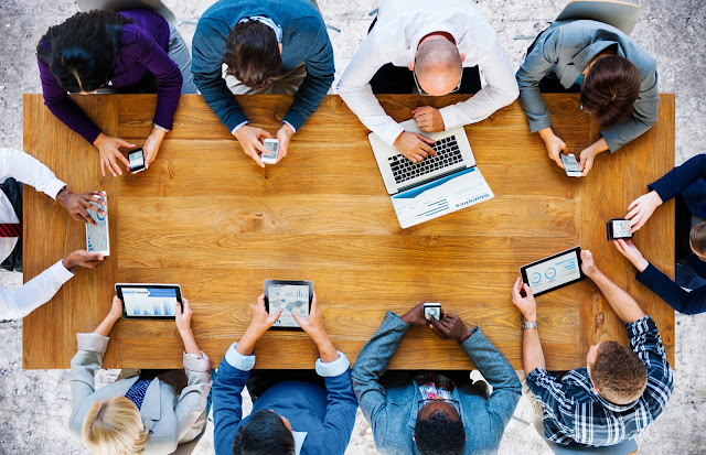 build your corporate alumni network