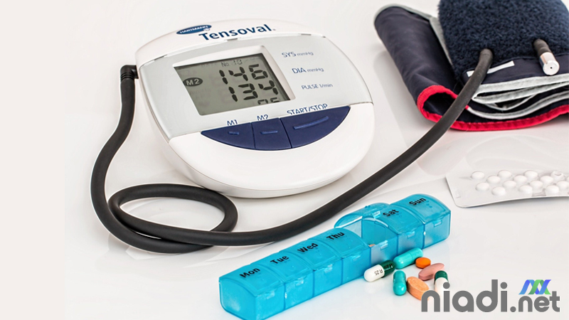 definisi hipertensi pengertian faktor risiko penyebab dan gejala