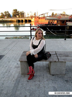 Botas color rojo para mujer