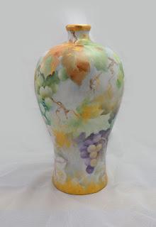 釉上彩與歐式風格的展現 - 葡萄梅瓶, 瓷畫, 瓷繪, 釉上彩, 瓷器彩繪, 手繪瓷器, Porcelain Painting