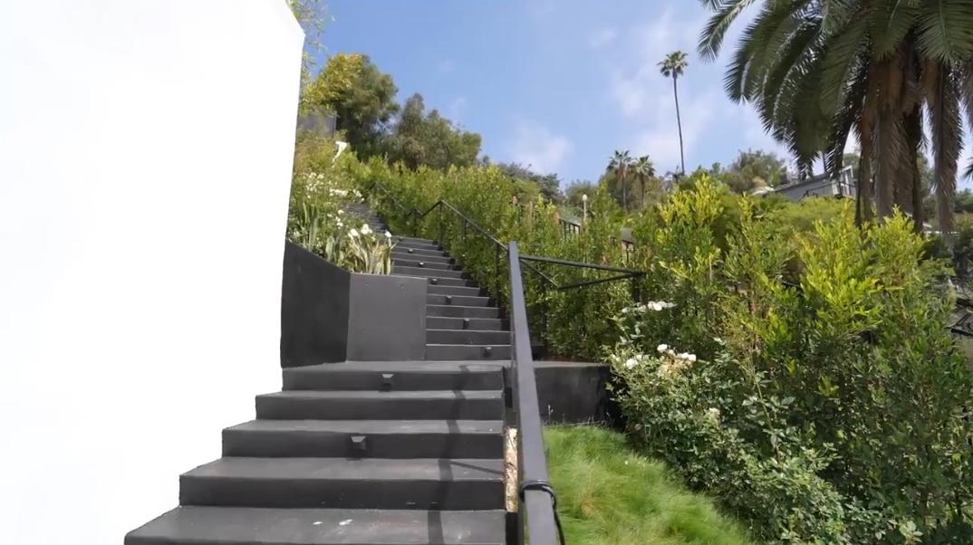 106 Interior Design Photos vs. 9364 Beverly Crest Dr, Beverly Hills, CA Ultra Luxury Modern Mansion Tour