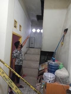 Diduga Dosen Universitas Jambi Ditemukan Tewas Gantung Diri Di Tangga Dalam Rumahnya