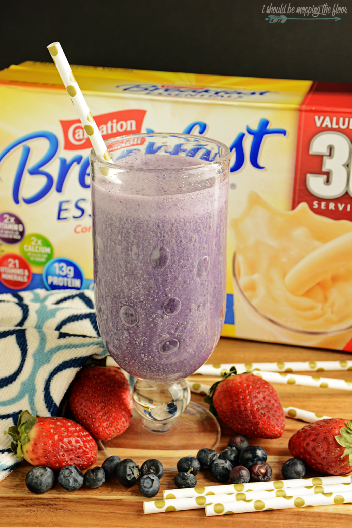 Busy Morning Vanilla Berry Smoothies | Freezing yogurt in ice cube trays makes this recipe a breeze!