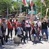 Aksi Anggota DPR My Esti Wijayanti Bawa Sapu Lidi Ke Malioboro Tolak Anarkisme