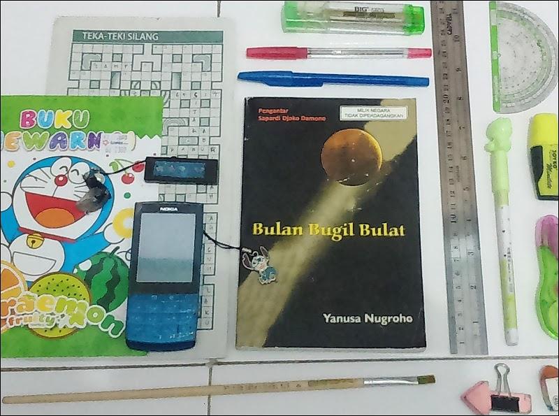 Yanusa Nugroho dan Segala Anomalinya dalam Bulan Bugil Bulat