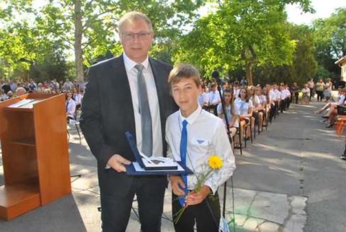 Talentum-díjat vehetett át a sarkadi Szegedi Dávid